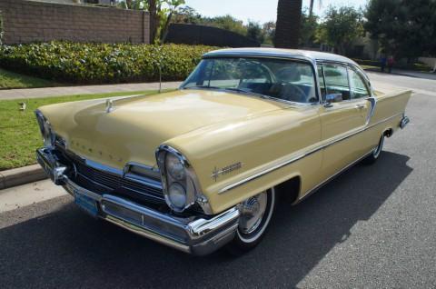 1957 Lincoln Premiere Hardtop Coupe na prodej