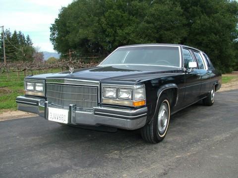 1984 Cadillac Fleetwood Limousine na prodej