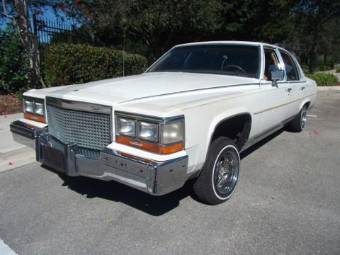 1987 Cadillac Fleetwood na prodej