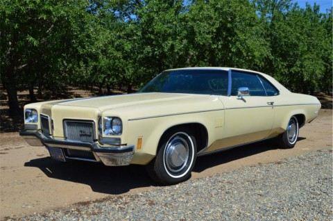 1972 Oldsmobile Delta 88 na prodej