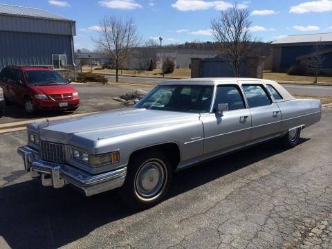 1976 Cadillac Fleetwood Brougham Limousine na prodej