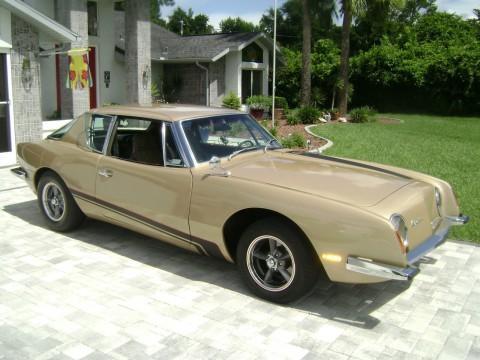 1972 Studebaker Avanti II na prodej