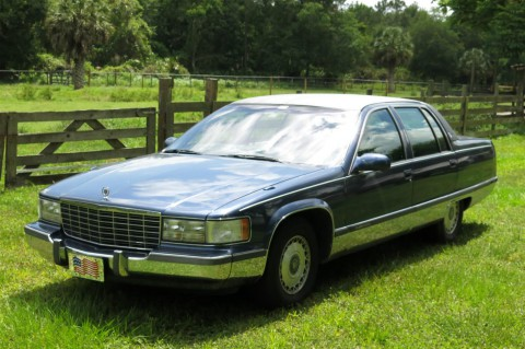 1996 Cadillac Fleetwood na prodej