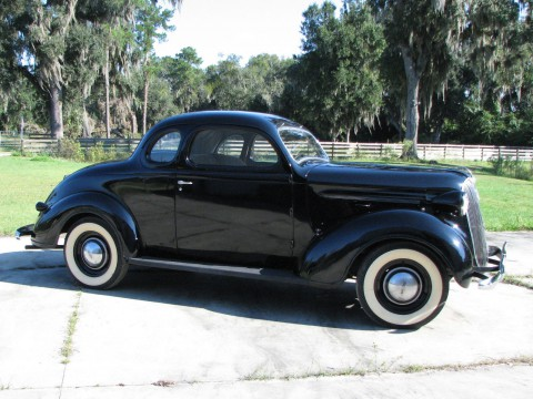 1937 Plymouth Coupe na prodej