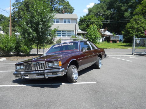 1978 Pontiac Bonneville na prodej
