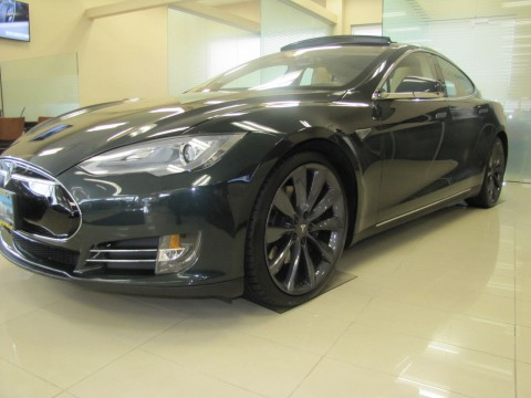 2013 Tesla Model S na prodej