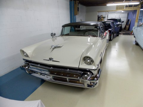 1956 Mercury Montclair Convertible na prodej