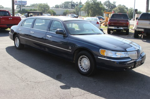 2000 Lincoln Town Car Limousine na prodej