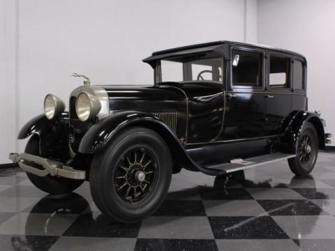 1927 Lincoln Sedan na prodej