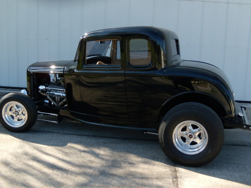 1932 ford 5 window coupe na prodej for 1932 chevrolet 5 window coupe