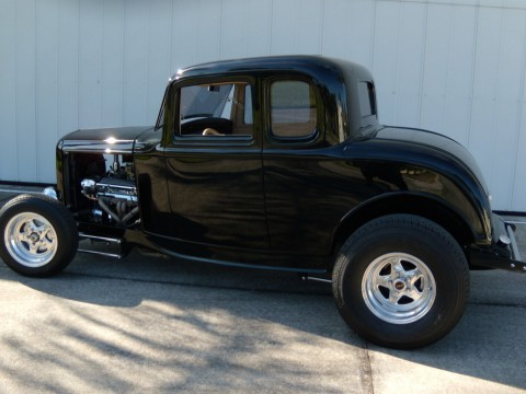 1932 Ford 5 Window Coupe na prodej