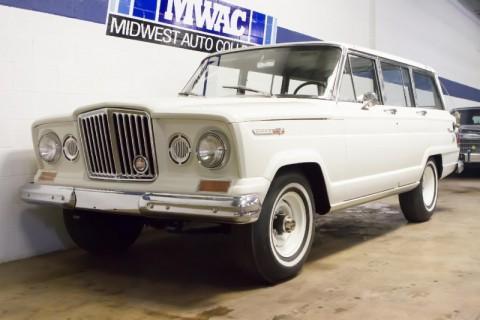 1966 Jeep Wagoneer na prodej