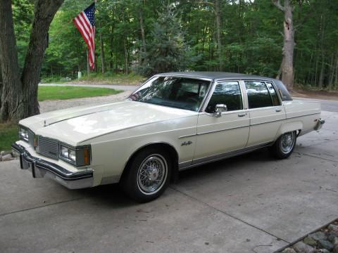 1983 Oldsmobile 98 Regency Sedan na prodej