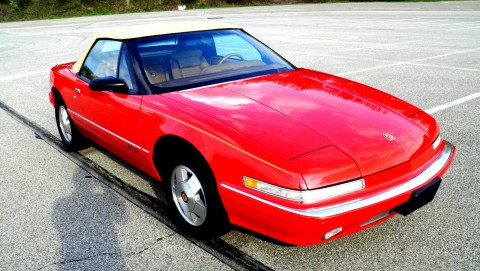1990 Buick Reatta Convertible na prodej