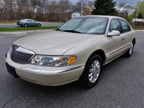 1999 Lincoln Continental na prodej