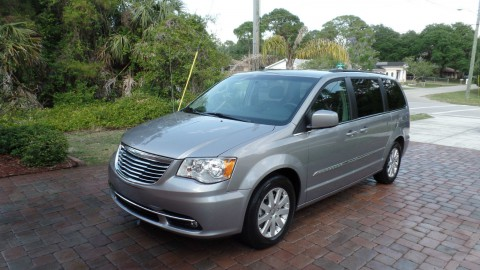2014 Chrysler Town & Country na prodej