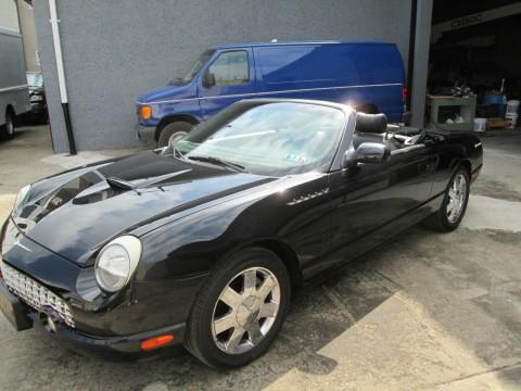 2002 Ford Thunderbird na prodej
