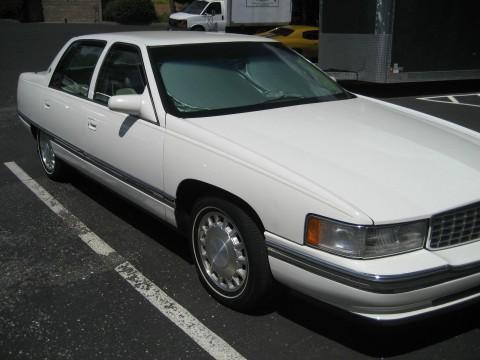 1996 Cadillac DeVille Sedan na prodej