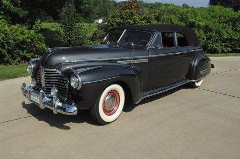 1941 Buick Roadmaster Convertible na prodej