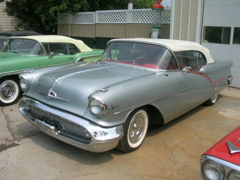 1957 Oldsmobile Super 88 Convertible na prodej