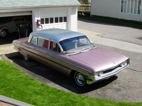 1961 Oldsmobile Eighty-Eight Limousine na prodej