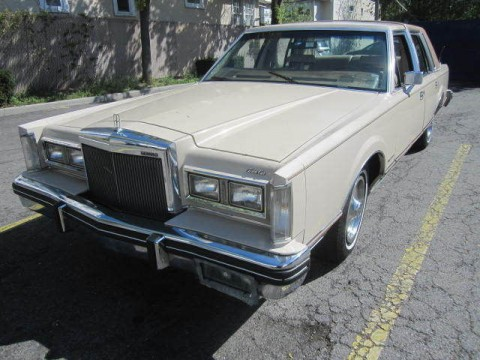 1981 Lincoln Town Car na prodej