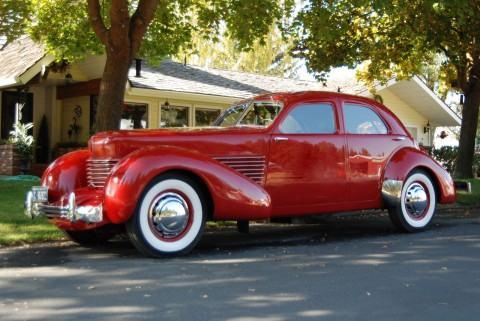 1937 Cord Beverly na prodej