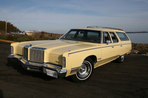 1977 Chrysler Town & Country na prodej