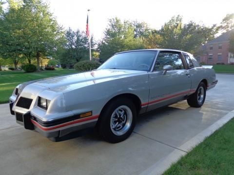 1986 Pontiac Grand Prix na prodej