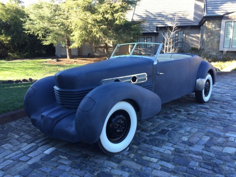 1936 Cord 810 Phaeton Convertible na prodej