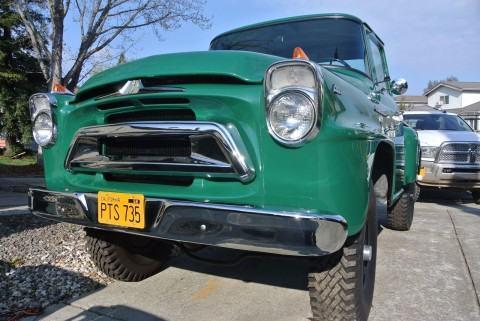 1958 International Harvester A120 na prodej