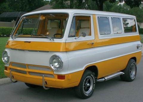 1969 Dodge A-100 Sportsman Van na prodej