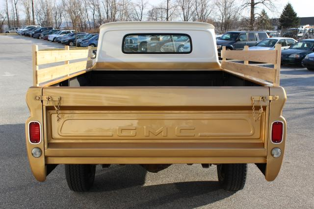 1966 GMC 2500