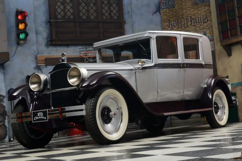 1928 Packard 443 Club Sedan na prodej