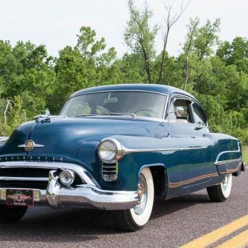 1950 Oldsmobile 98 Deluxe Club Sedan na prodej