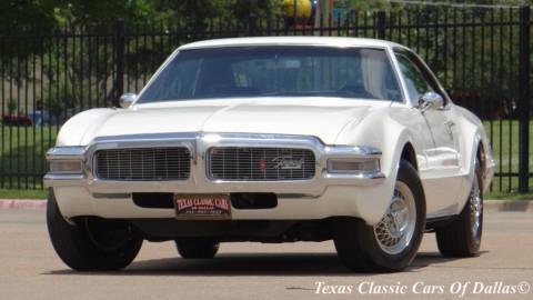 1969 Oldsmobile Toronado na prodej