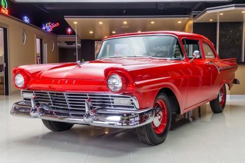 1957 Ford 300 na prodej