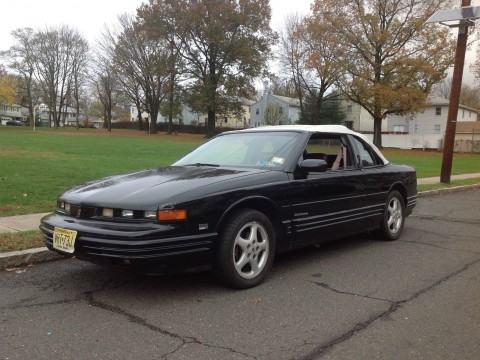 1993 Oldsmobile Cutlass Convertible na prodej