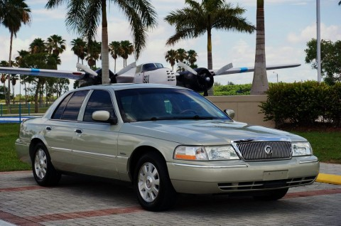 2003 Mercury Grand Marquis LS na prodej