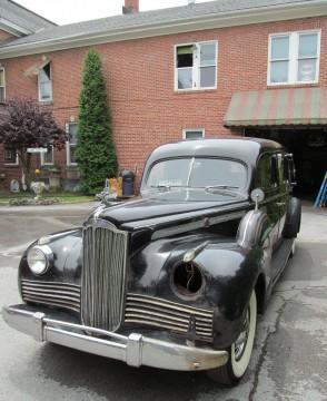1942 Packard Henney na prodej