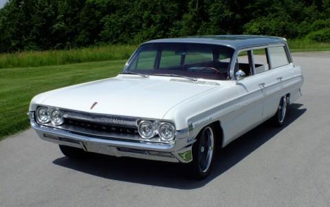 1961 Oldsmobile Dynamic 88 Fiesta na prodej