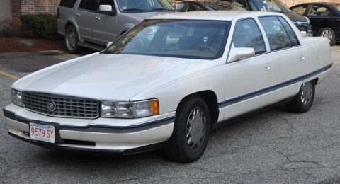 1995 Cadillac DeVille na prodej
