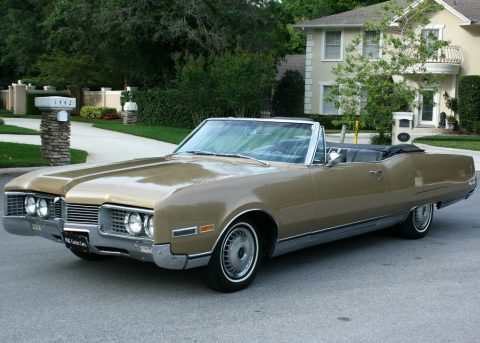 1967 Oldsmobile Ninety-Eight Convertible na prodej