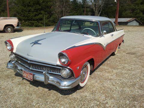 1955 Ford Fairlane Victoria na prodej