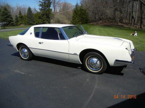 1963 Studebaker Avanti na prodej
