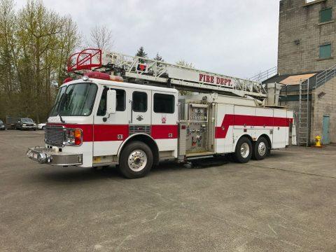 1999 American LaFrance Ladder Fire Truck na prodej