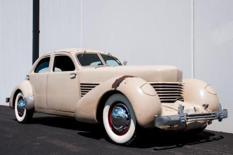 1936 Cord 810 na prodej