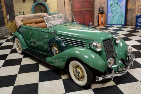 1935 Auburn 851 Phaeton Sedan na prodej