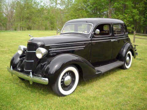 1935 Dodge Touring Sedan na prodej