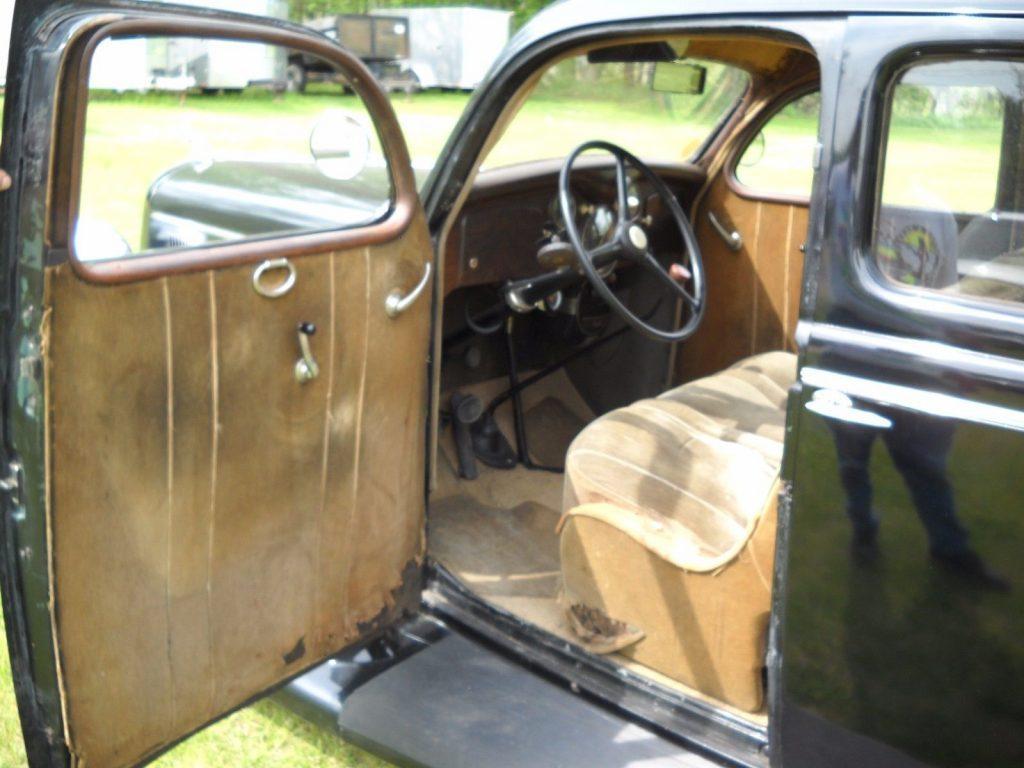 1935 Dodge Touring Sedan